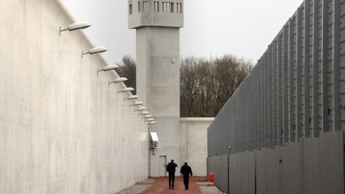 Prison : lutter contre le danger de la radicalisation