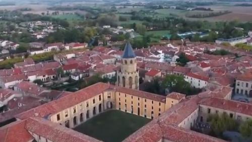 Chemins de traverse : visite de l'abbaye-école de Sorrèze