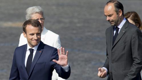 La cote de popularité de Macron stagne à 29%, celle de Philippe remonte, selon un sondage