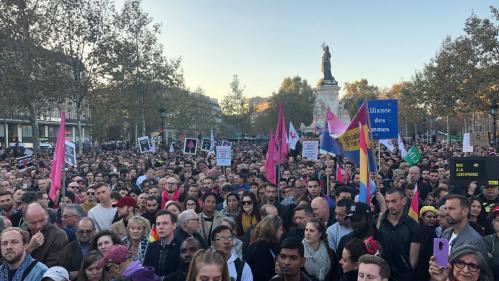Paris : des milliers de personnes manifestent après plusieurs agressions homophobes