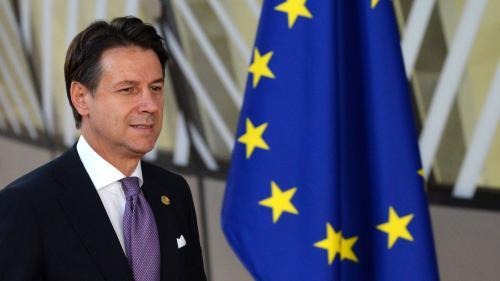 L'Italie maintient son budget malgré les critiques de l'Union européenne mais promet de contenir sa dette