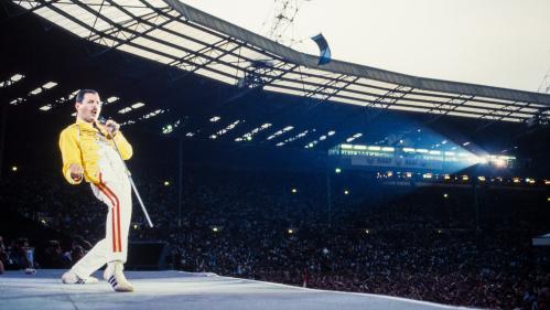 """""""J'ai senti le sol trembler"""" : le 12 juillet 1986, le jour où Queen a régné sur le rock en mettant Wembley à ses pieds"""