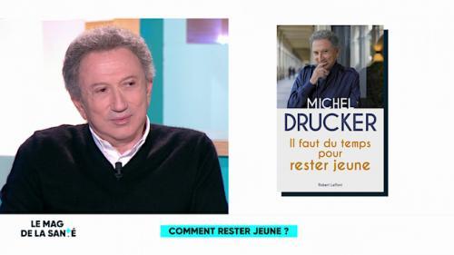 """Michel Drucker : """"J'ai arrêté de vieillir il y a 10-15 ans"""""""