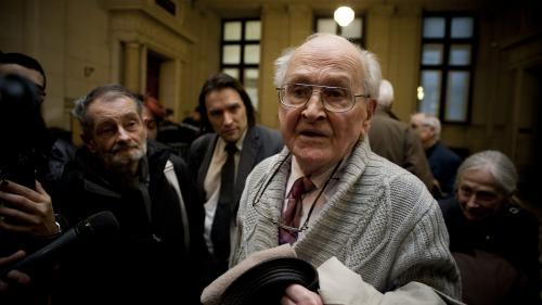 """Mort de Robert Faurisson : les thèses négationnistes """"continuent à avoir un écho"""""""