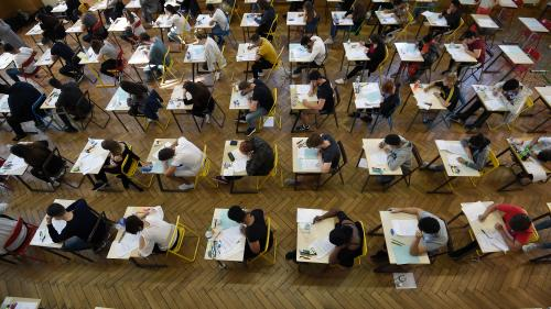 Éducation : de nouveaux lycées bloqués