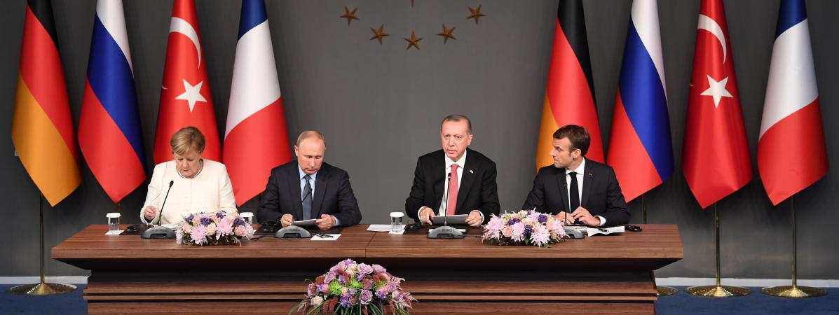 """Syrie : le sommet d'Istanbul veut un Comité constitutionnel """"avant la fin de l'année"""""""