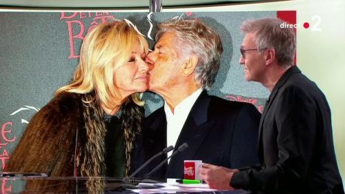 """VIDEO. """"Je ne pensais pas qu'il était autant aimé"""" : l'épouse de Philippe Gildas se confie à Laurent Ruquier"""