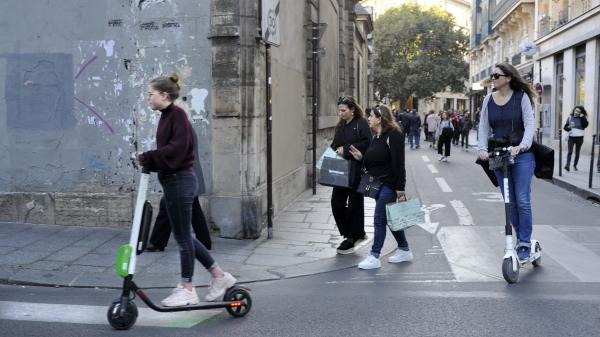 Trottinettes électriques : un phénomène qui inquiète les autorités