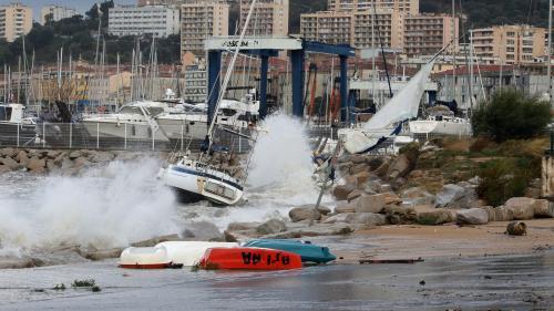 EN IMAGES. Routes inondées, coupures d'électricité... La tempête Adrian cause d'importants dégâts matériels en Corse