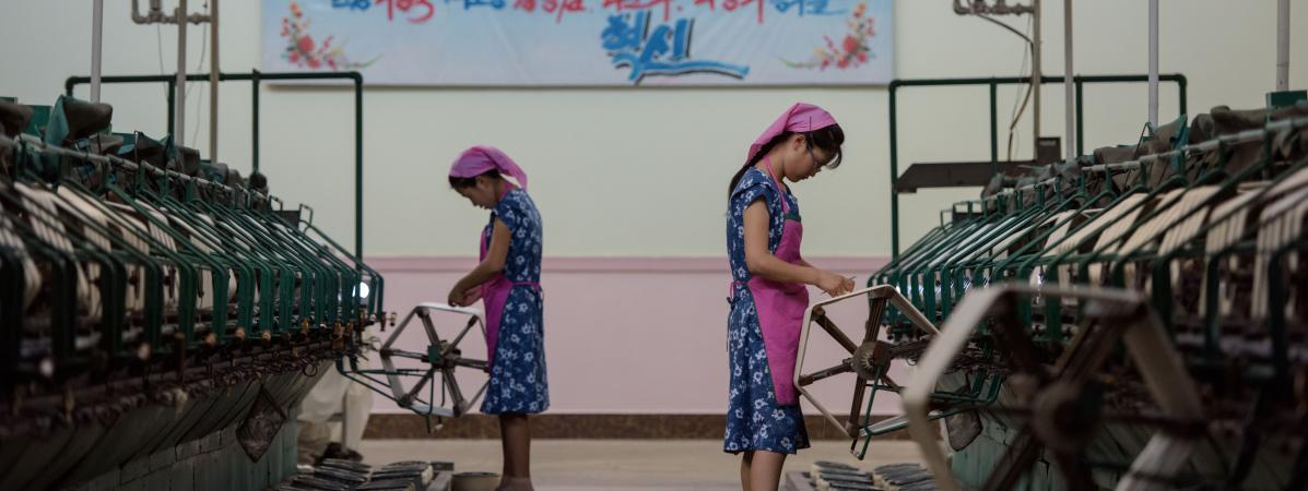 Des ouvrières dans une usine textile à Pyongyang en Corée du Nord, le 7 septembre 2018.