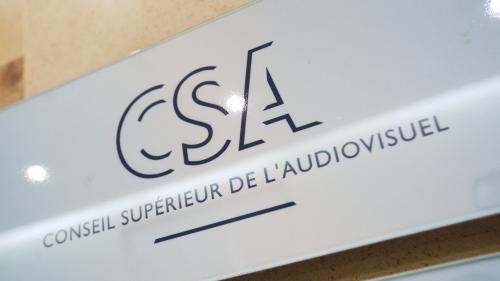 """""""Du Pascal Praud vient de tomber"""" : on a passé une journée dans le service du CSA qui reçoit les plaintes des téléspectateurs"""