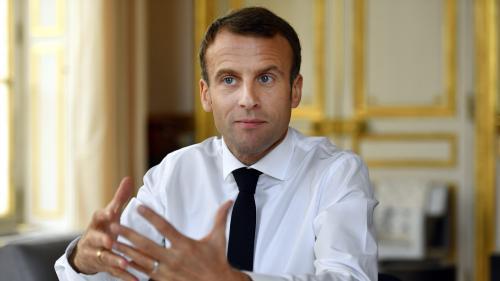 """""""Je préfère la taxation du carburant à la taxation du travail"""", explique Macron"""