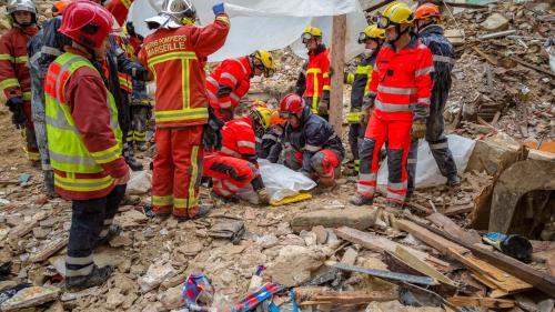 """DIRECT. Effondrement d'immeubles à Marseille : Christophe Castaner promet """"un audit de l'habitat indigne"""" de la cité phocéenne"""