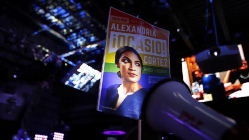 """Plus jeune femme élue, premier gouverneur homosexuel... Qui sont les nouveaux visages des """"midterms"""" ?"""