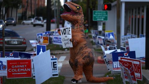 """EN IMAGES. Les Américains ont voté pour les """"midterms"""": revivez la journée électorale en photos"""