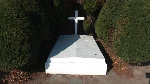 Ile d'Yeu : la tombe du maréchal Pétain ne sera pas fleurie le 11 novembre, fait savoir l'Elysée