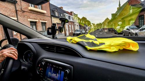 Gilets jaunes : les partis politiques d'opposition s'en mêlent