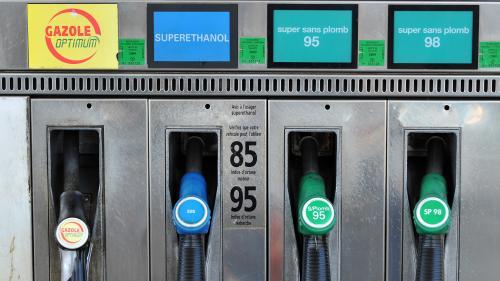"""""""J'aurais dû le faire plus tôt"""" : les ventes de boîtiers de superéthanol explosent pour contrer la hausse du prix des carburants"""