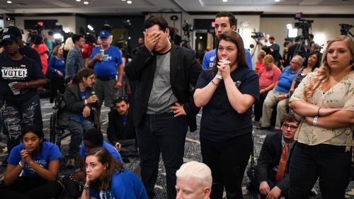 """Etats-Unis : pourquoi les résultats définitifs des """"midterms"""" sont toujours incertains, trois jours après les élections"""