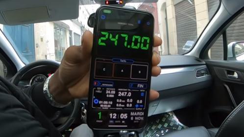 VIDEO. 247 euros pour un Roissy-Paris : des touristes publient une vidéo d'un taxi clandestin les escroquant, une enquête ouverte