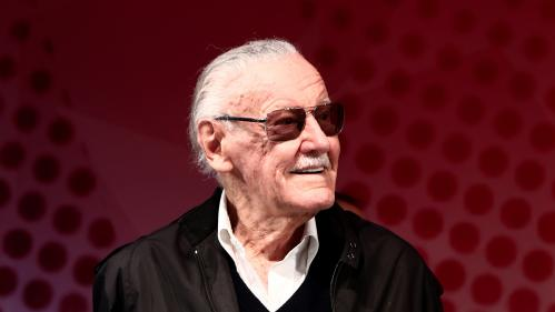 """Stan Lee, le """"père"""" des super-héros Marvel, est mort à l'âge de 95 ans"""