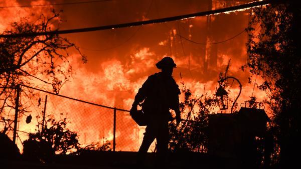 Incendies en Californie : une ville entière rayée de la carte