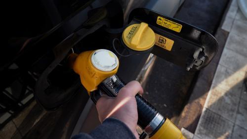 """""""Aides intéressantes"""", """"rustine"""", """"usine à gaz"""" : les associations sont partagées face au plan carburants"""