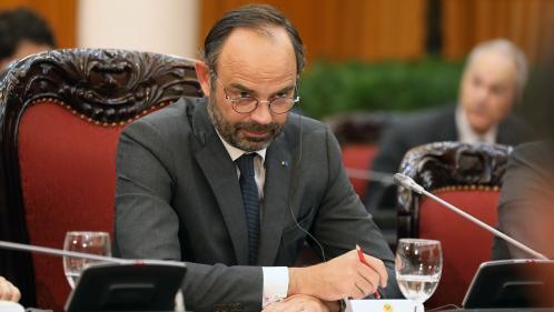 """Edouard Philippe met en garde ceux qui veulent """"mettre le bololo"""" le 17 novembre, les internautes s'interrogent sur ce terme"""