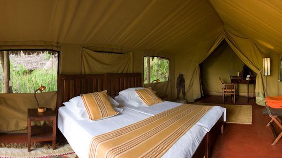Une tente haut de gamme du camp Olduvai, l'un des huit lodges de Tanganyika en Tanzanie