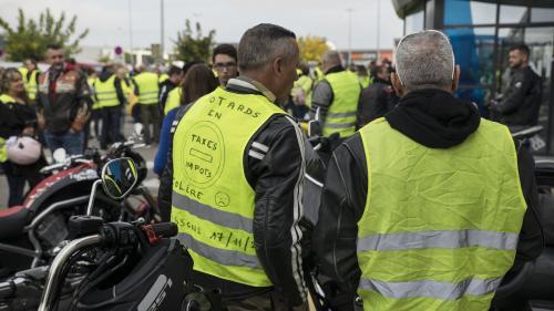 """Le Premier ministre a-t-il demandé d'interdire des manifestations des """"gilets jaunes""""?"""