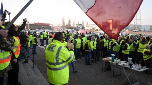 """DIRECT. Mobilisation des """"gilets jaunes"""" : le ministre de l'Intérieur annonce 50 000 manifestants et plus de 1000rassemblements dans toute la France"""