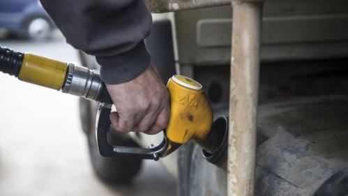 Les départements où l'on roule le plus au diesel sont aussi ceux où l'on compte le plus de ménages non imposables