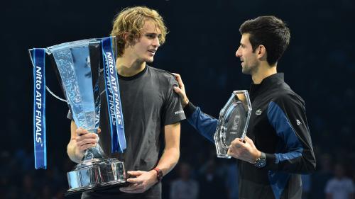 Tennis : Alexander Zverev domine le n°1 mondial Novak Djokovic en finale du Masters (6-4, 6-3)