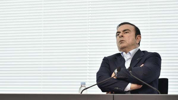 Carlos Ghosn entendu par la justice japonaise pour avoir dissimulé des revenus au fisc, les actions de Renault et Nissan dévissent