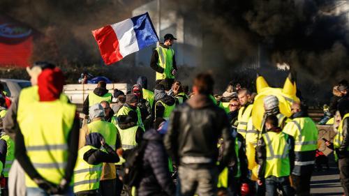 """""""Gilets jaunes"""" : maintenir la mobilisation et se faire entendre"""