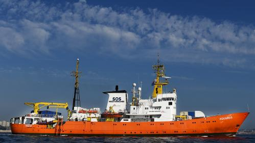 """""""Aquarius"""" : la justice italienne demande la mise sous séquestre à Marseille du navire humanitaire"""