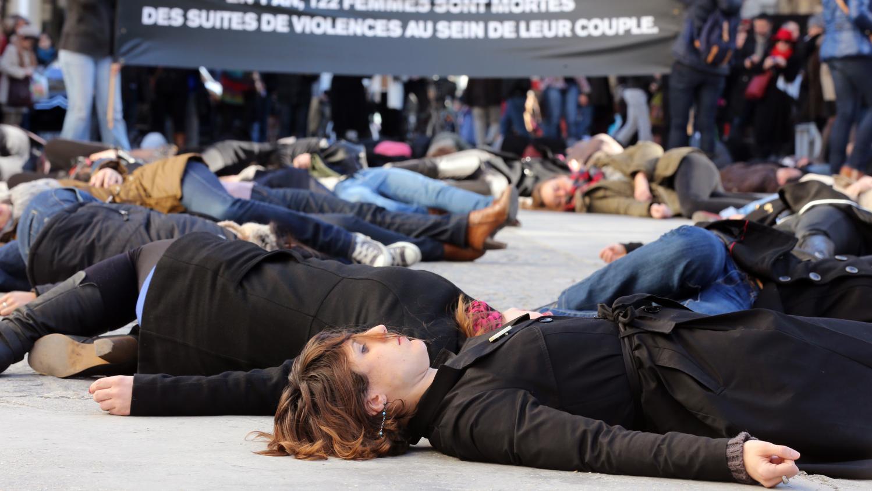 """Résultat de recherche d'images pour """"personnes mortes en France: Les français assassinent leurs partenaires"""""""