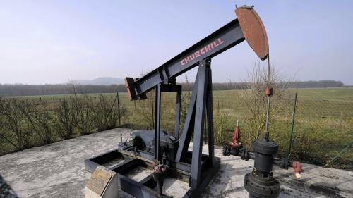 """""""La loi Hulot ne sert pas à grand-chose"""" : depuis un an, la France a autorisé la poursuite de 18 projets d'hydrocarbures"""