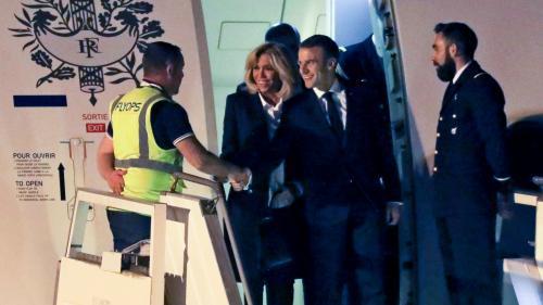 Emmanuel Macron accueilli par un homme vêtu d'un gilet jaune à son arrivée en Argentine, une coïncidence qui amuse