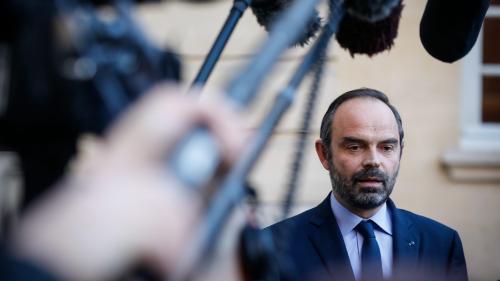 """""""Gilets jaunes"""" : Edouard Philippe annule son déplacement à la COP24 après une nouvelle journée de violences"""