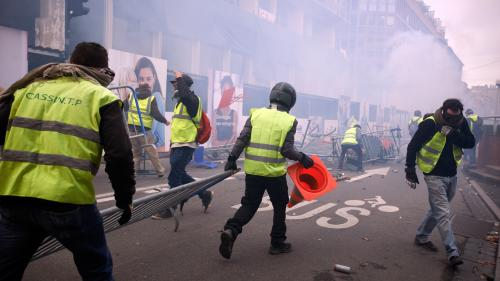 "DIRECT. ""Gilets jaunes, la France en crise"" : regardez l'émission spéciale de France 2"
