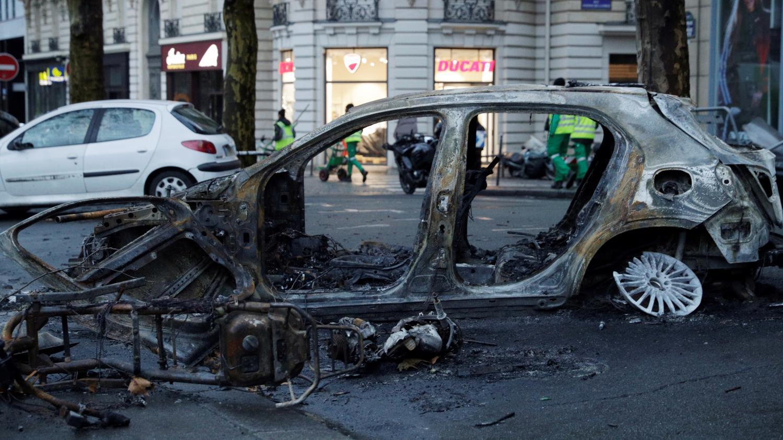 Gilets Jaunes Paris Apres Le Chaos