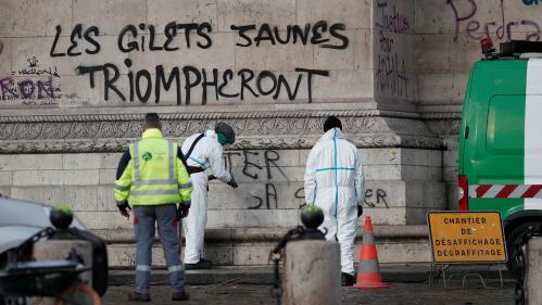 """DIRECT. """"Gilets jaunes"""" : Emmanuel Macron est arrivé place de l'Etoile, principal théâtre des violences de samedi"""