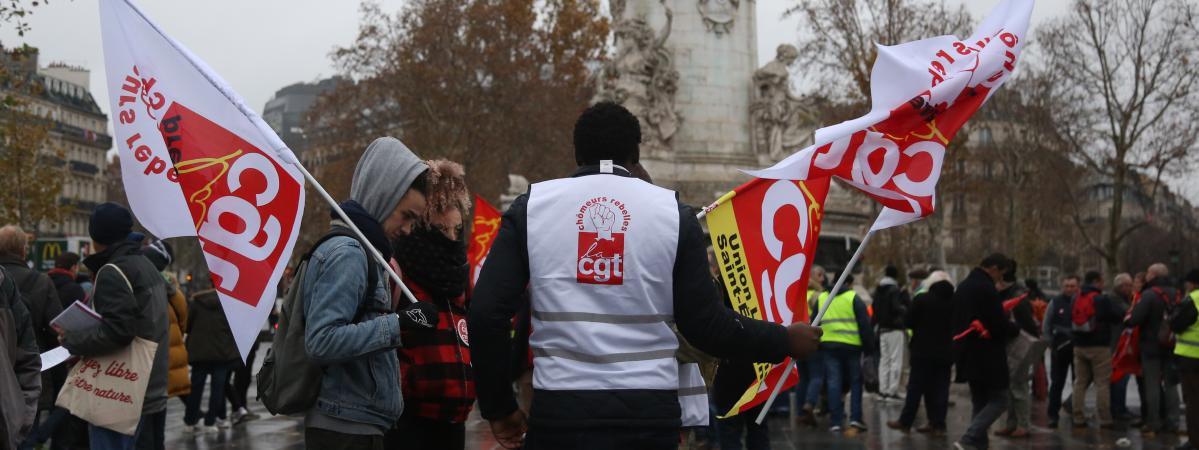 Des manifestants de la CGT lors d\'un rassemblement à Paris, le 1er décembre 2018.