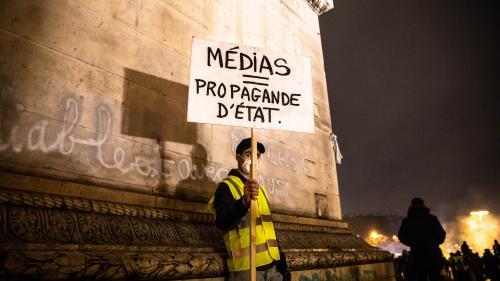 """""""Gilets jaunes"""" et médias : aux origines du divorce"""