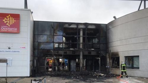 VIDEOS. Haute-Garonne : le lycée Saint-Exupéry de Blagnac en partie incendié lors d'une manifestation