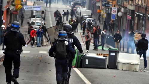 Val-d'Oise: 97 personnes placées en garde à vue en marge des mobilisations lycéennes