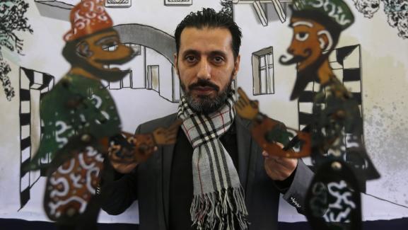 Chadi al-Hallak, le marionnettiste