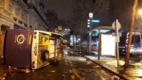 """""""Gilets jaunes"""" : l'Élysée redoute un mouvement """"d'une grande violence"""" samedi à Paris"""