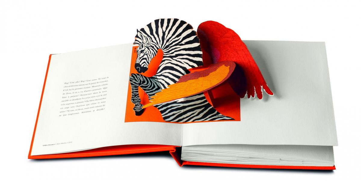 Kenzo Takada Hermes Alaia Chanel Vuitton Des Livres
